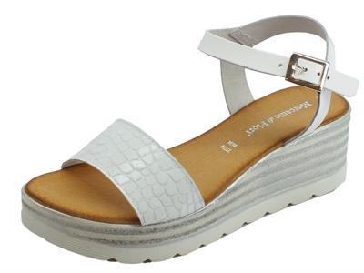 Articolo Mercanti di Fiori sandali donna in pelle effetto pitonato bianco zeppa alta