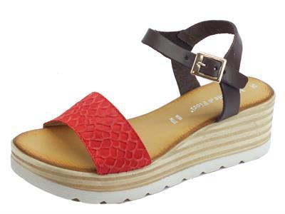 Articolo Mercanti di Fiori sandali donna in pelle effetto pitonato rosso e marrone zeppa alta