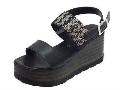 Articolo Mercanti di Fiori sandali per donna in pelle nero e tessuto con zeppa alta
