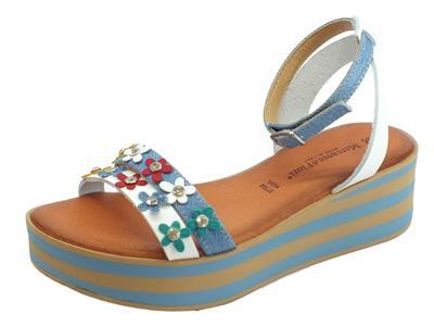Articolo Sandali Mercante di Fiori per donna in pelle e jeans bianca e blu con fiorellini
