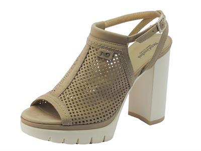 NeroGiardini sandali donna in pelle traforata champagne tacco alto