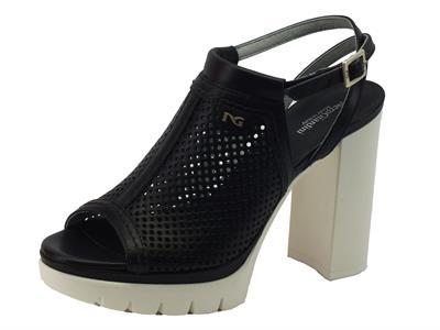 Articolo NeroGiardini sandali donna in pelle traforata nera tacco alto