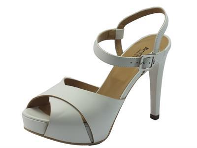 NeroGiardini sandali per donna in pelle bianca tacco a spillo