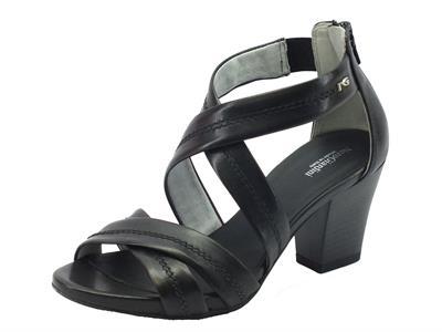 Articolo NeroGiardini sandali per donna in pelle nero tacco medio lampo posteriore