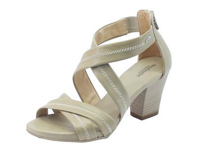 Articolo NeroGiardini sandali per donna in pelle sabbia tacco medio