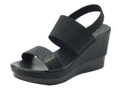 Sandali Cinzia Soft per donna in tessuto nero zeppa alta