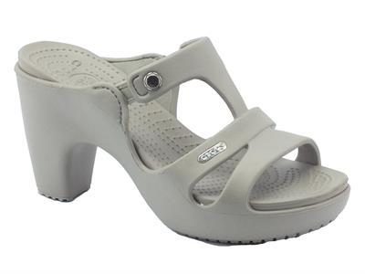 Sandali Crocs per donna in gomma beige con tacco alto