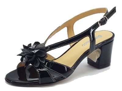 Sandali Melluso in vernice nero con tacco medio fondo cuoio