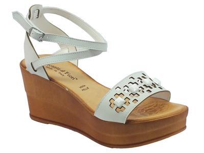 Articolo Sandali Mercante di Fiori in pelle bianca fibbia alla caviglia zeppa alta