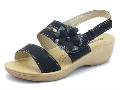 Sandali per donna InBlu nere con chiusura in doppio velcro