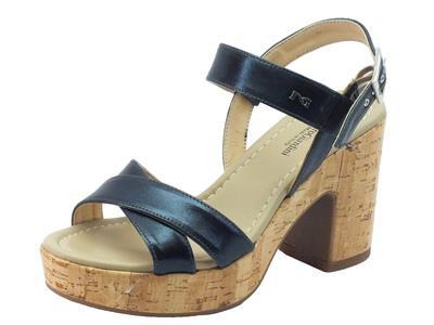 Sandali per donna Nero Giardini in pelle colore petrolio tacco effetto sughero