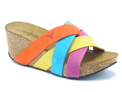 Articolo Sandali Pregunta in nabuk multicolore con zeppa alta