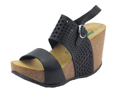 Sandalo Bionatura per donna in pelle laserata nera zeppa alta