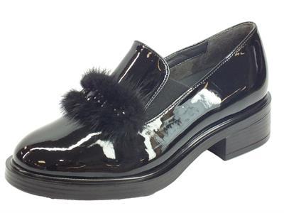 Articolo Cinzia Soft IAB843145-V mocassini con tacco in vernice nero
