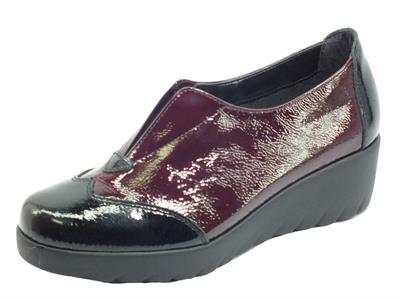 Articolo Cinzia Soft IR60112 Nero Bordeaux Mocassini per donna in vernice con elastico zeppa bassa