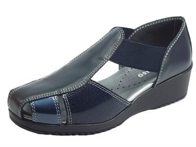 Articolo Melluso 08010L Blu Mocassini per Donna in pelle nera e vernice blu zeppa media
