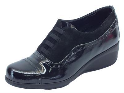 Mocassini Cinzia Soft per donna in camoscio nero e pelle nera saffiano