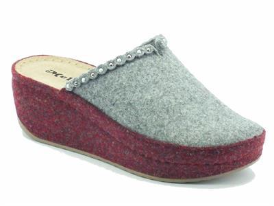 Articolo Ciabatte Melluso Walk per donna in lana cotta grigia e prugna zeppa alta
