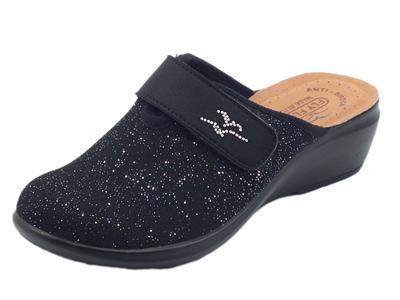 Fly Flot Q7 P56 VE Nero Pantofole per Donna in tessuto nero elasticizzato con regolazione a strappo