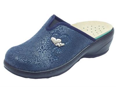 Articolo Pantofole chiuse Fly Flot in tessuto elasticizzato blu serigrafato