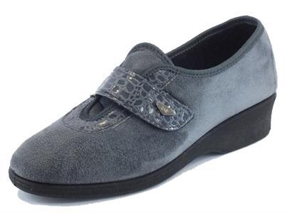 Articolo Pantofole Melluso per donna in tessuto grigio con strappo