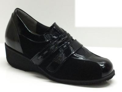 Articolo Sneakers artigianali Anastasio in camoscio nero