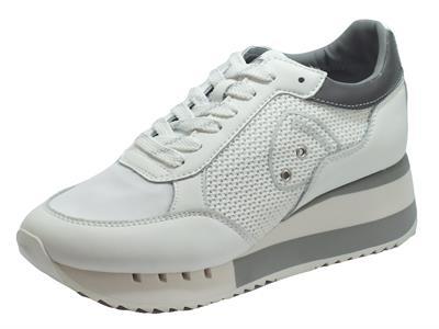 Articolo Blauer USA Charlotte 05 White Sneakers Donna in pelle e tessuto zeppa alta
