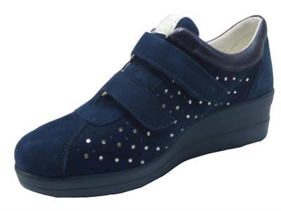 Articolo Cinzia Soft IV12205-SM Blue Notte Sneakers per Donna in nabuk con brillantini chiusura a strappo