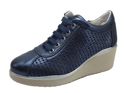 Articolo Cinzia Soft IV12783-SL Blue Notte Sneakers per Donna in nabuk traforato zeppa alta