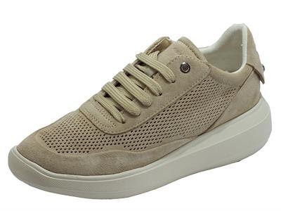Articolo Geox D84APA Rubidia Lt Taupe Sneakers per Donna in camoscio traforato beige zeppa media