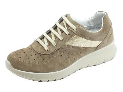 Articolo Grisport Active sneakers donna in scamosciato vesuvio con zeppa media  fondo antistatico