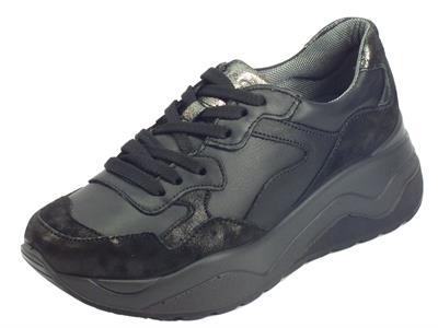 Articolo Igi&Co 4149300 Cap.Pe.Nun Nappa Nero Sneakers donna pelle e satinato nero zeppa media