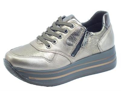 Articolo Igi&Co 6166133 Akoya Metallizzato Bronzo Sneakers Donna in pelle liscia e martellata con zeppa
