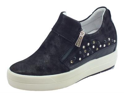 Articolo Igi&Co Sneakers per donna in pelle nuvolato nero doppia lampo zeppa alta