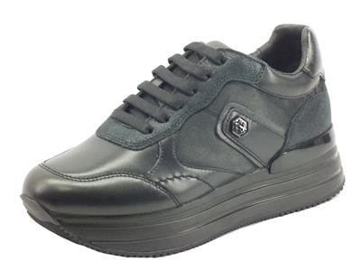 Articolo Lumberjack HILDA SWA0312 Black Sneakers per Donna in pelle e tessuto