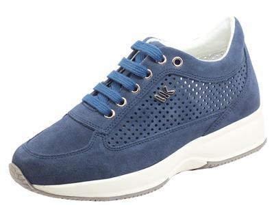 Articolo Lumberjack RAUL SW01305 Indigo Blue Sneakers per Donna in nabuk traforato con zeppa interna