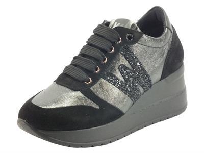 Articolo Melluso R25534A Marika Nero Sneakers per Donna in nabuk e pelle nera con lacci