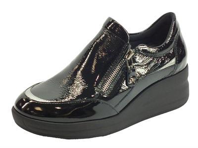 Articolo Melluso R25617 Silvy Nero Sneakers con zeppa per Donna in vernice con lampo
