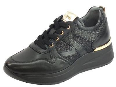 Articolo NeroGiardini A908893D Guanto T. Glitter Rock Nero Sneakers Donna pelle e glitter zeppa media