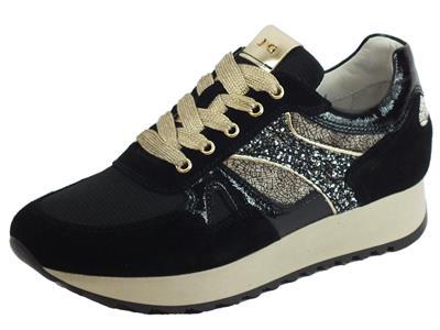 NeroGiardini A908900D Velour T. Dallas Naplak Nero Sneakers Donna nabuk e tessuto oro