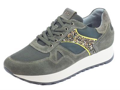 Articolo NeroGiardini A908902D Velour Bosco Dallas Oliva Sneakers Donna camoscio tessuto verde