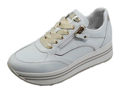 Articolo NeroGiardini E010560D Skipper Bianco Platino Sneakers Donna zeppa alta pelle lacci e lampo