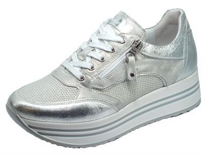 Articolo NeroGiardini E010561D Crack Argento Acciaio Sneakers Donna in pelle lacci lampo zeppa alta