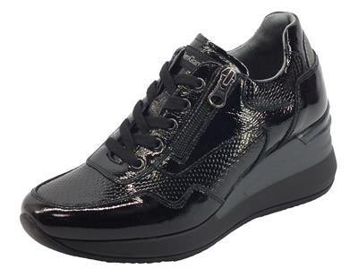 Articolo NeroGiardini I116871D Athos Vernice Nero Sneakers per Donna pelle verniciata lacci lampo zeppa alta