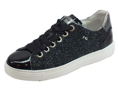 Articolo Sneakers basse NeroGiardini per donna in glitter nero vernice nero e raso