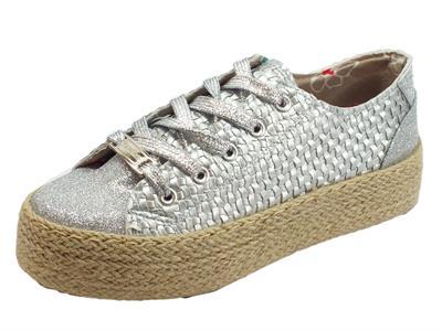 Articolo Sneakers CafèNoir in ecopelle effetto tela e brillantinato argento zeppa in corda