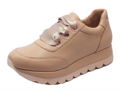 Articolo Sneakers CafèNoir per donna in pelle colore cipria lacci in raso rosa