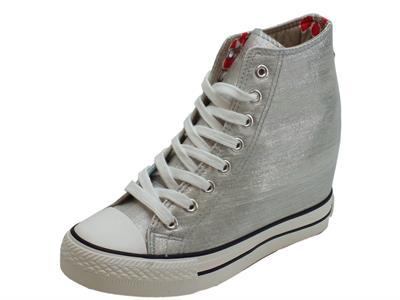 Articolo Sneakers CafèNoir per donna in tessuto argento con zeppa interna 7cm