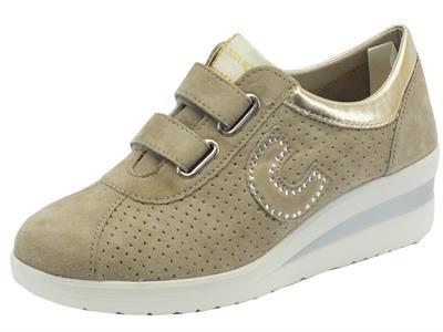 Sneakers Cinzia Soft in nabuk tortora doppio velcro
