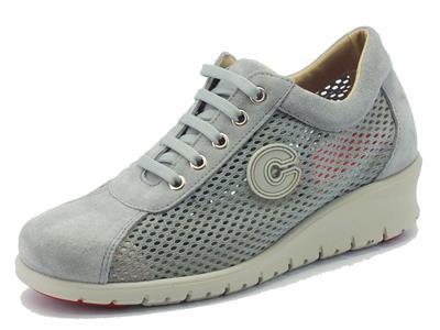 Articolo Sneakers Cinzia Soft per donna in nabuk grigio traforato